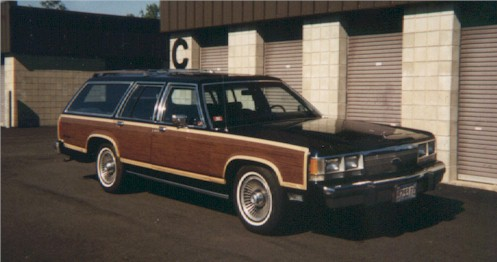 1991 Ford Country Squire Station Wagon