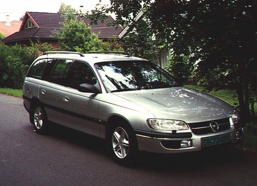 1996 Opel Omega Wagon
