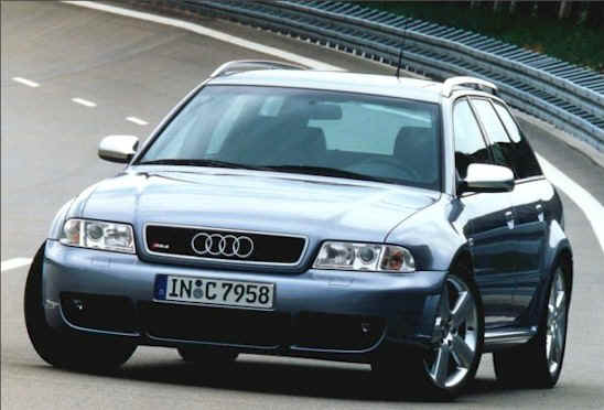 2000 Audi RS4 station wagon